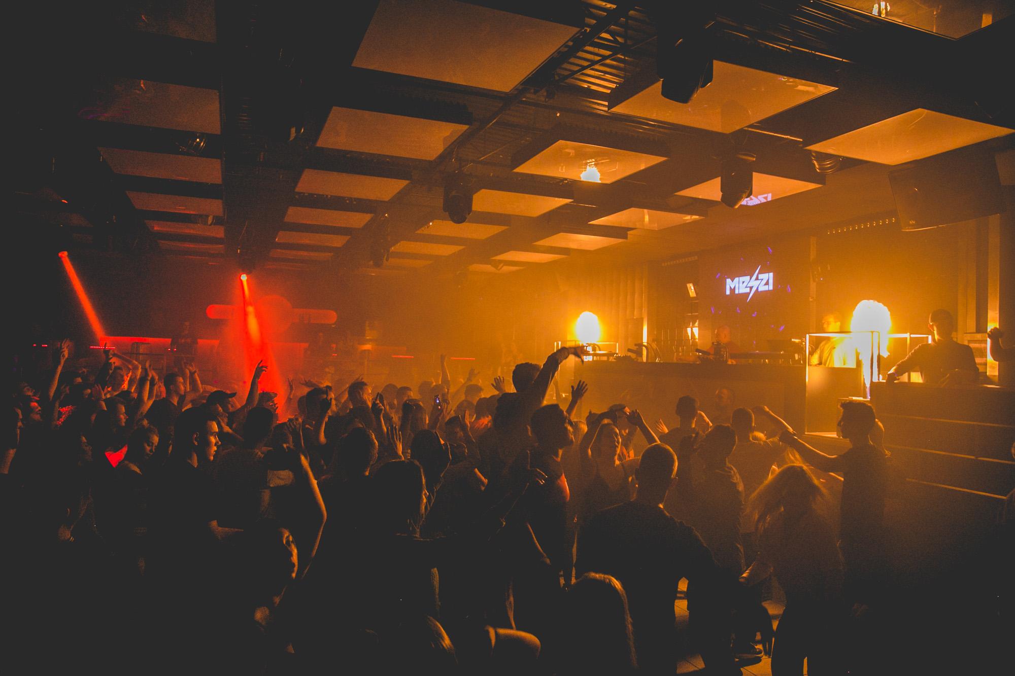 Single Party | special guest: DBL - Facebook